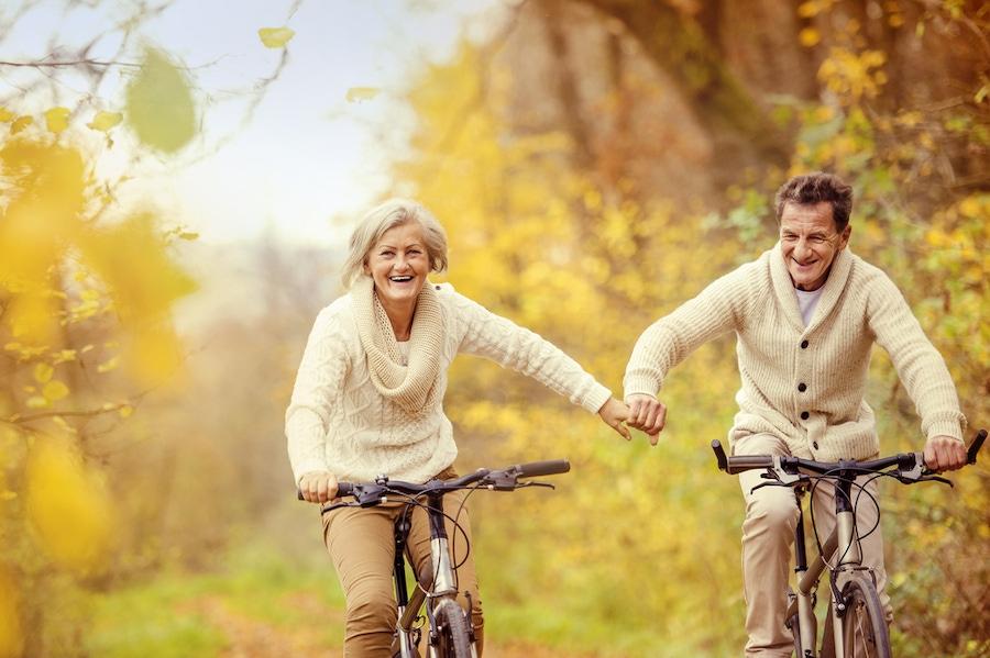 https://thepaleodiet.imgix.net/images/Elderly-Couple-Riding.jpg?auto=compress%2Cformat&fit=clip&q=95&w=900