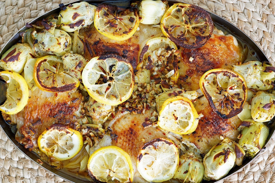 https://thepaleodiet.imgix.net/images/Lemon-Roasted-Chicken-with-Garlic-Artichokes_FINAL03.jpg?auto=compress%2Cformat&fit=clip&q=95&w=900