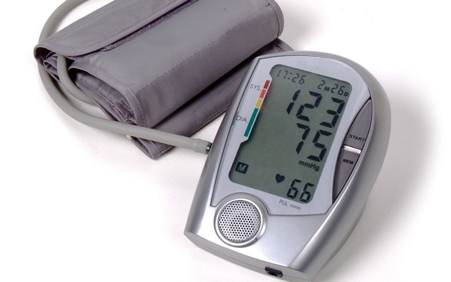 https://thepaleodiet.imgix.net/images/blood-pressure.jpg?auto=compress%2Cformat&fit=clip&q=95&w=900