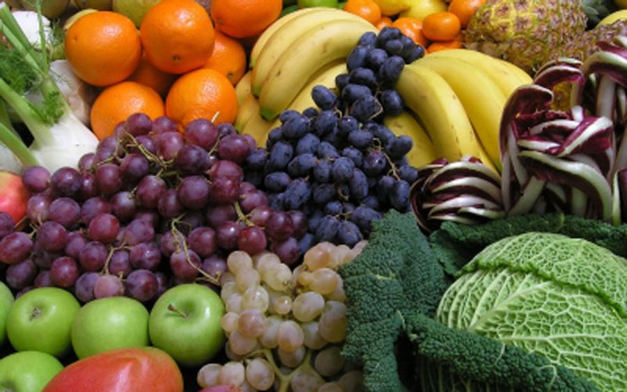新鲜水果和蔬菜形象