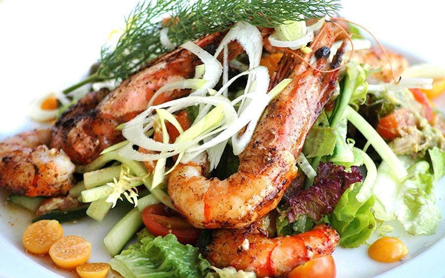 https://thepaleodiet.imgix.net/images/seafood-salad1.jpg?auto=compress%2Cformat&fit=clip&q=95&w=900