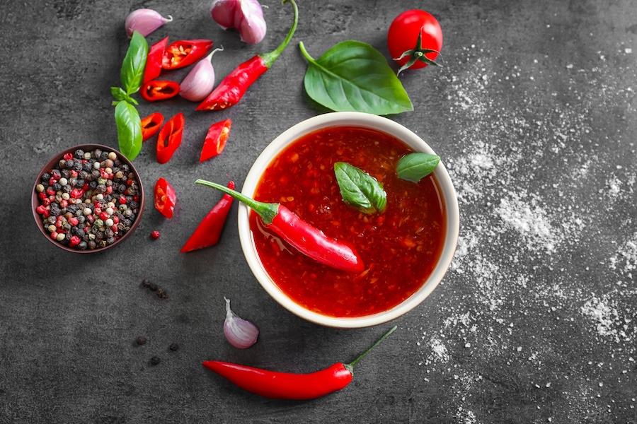 火热的辣椒酱:好的,坏的,丑陋的形象