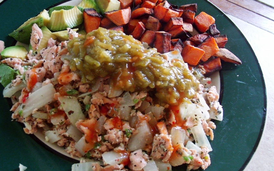 Recipe: Spicy Salmon with Avocado and Yams image