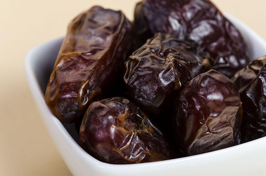How Sweet It Is: Dates In The Paleo Diet image